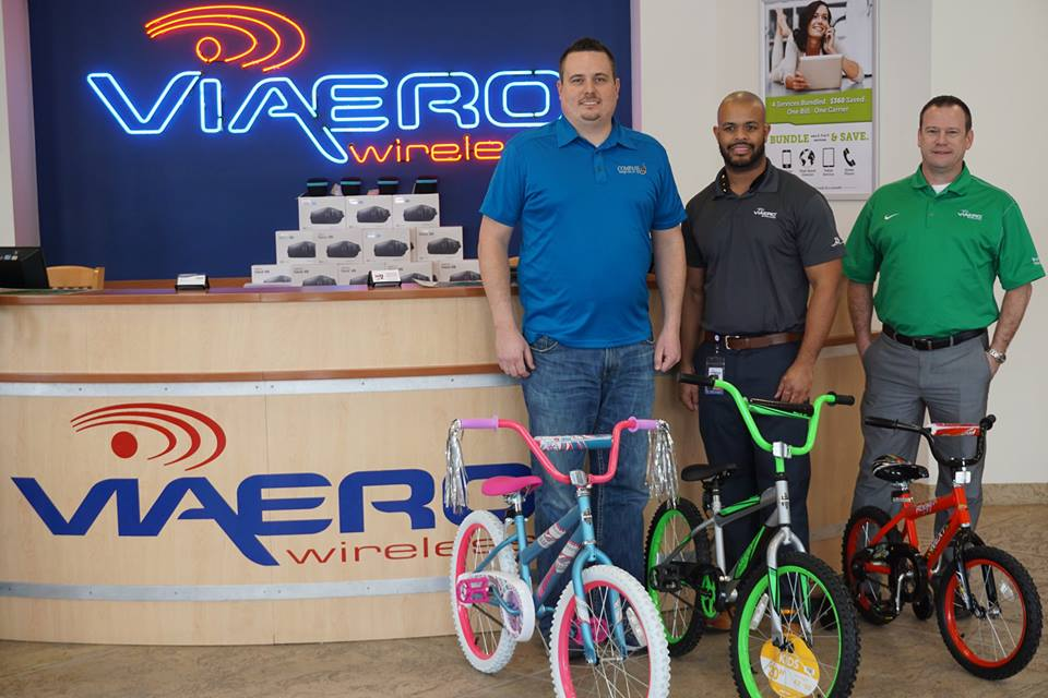Assembled bikes given to Nebraska youths in need