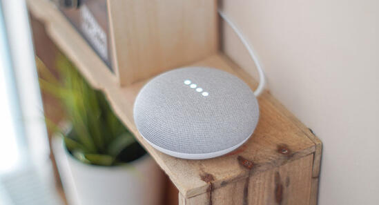 smart speakers for home tasks